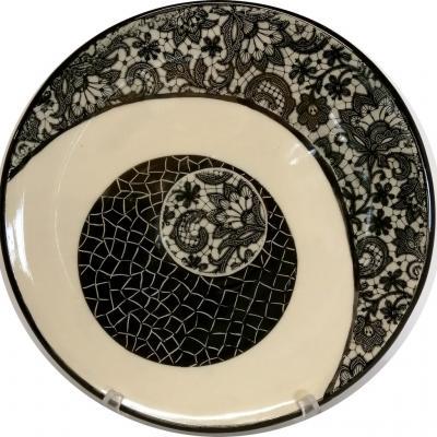Grand plat noir et blanc 31 cm