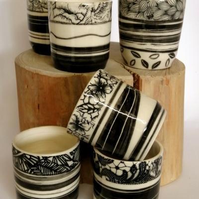 Mugs cafe en noir et blanc